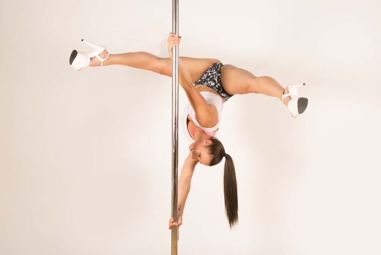 advanced 3 pole course at pole divas